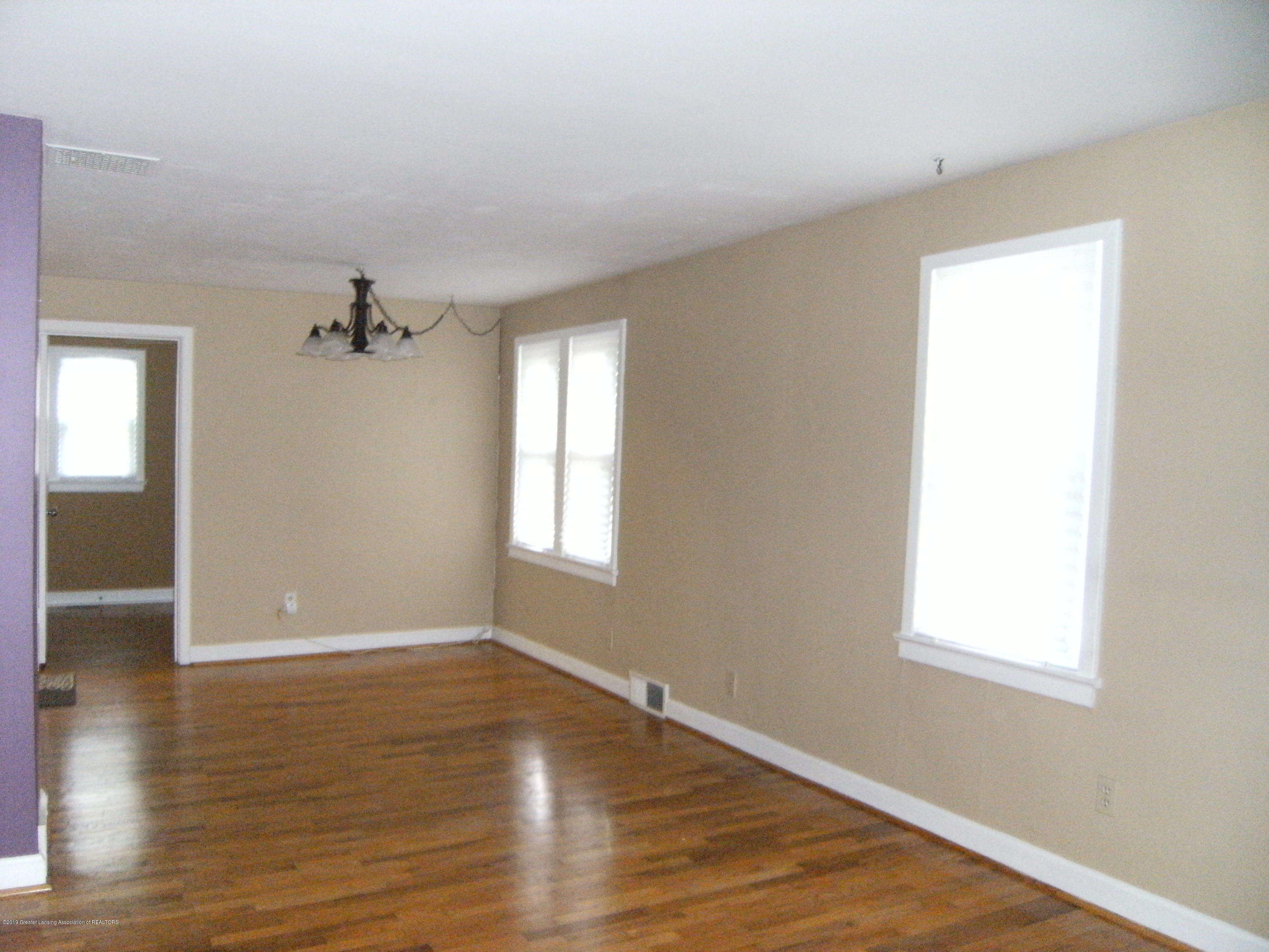 3021 Stabler St - Living room and dining room - 2