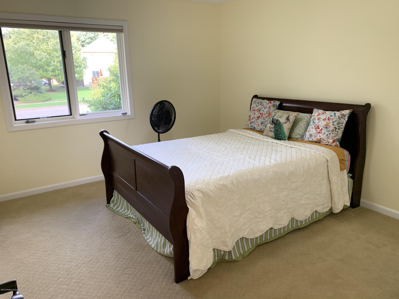 2435 Seville Dr - Bedroom - 16
