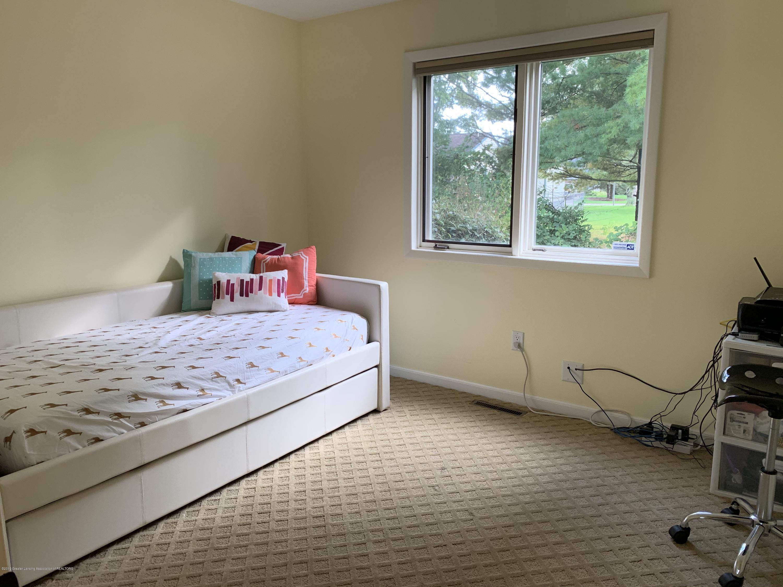2435 Seville Dr - Bedroom - 17