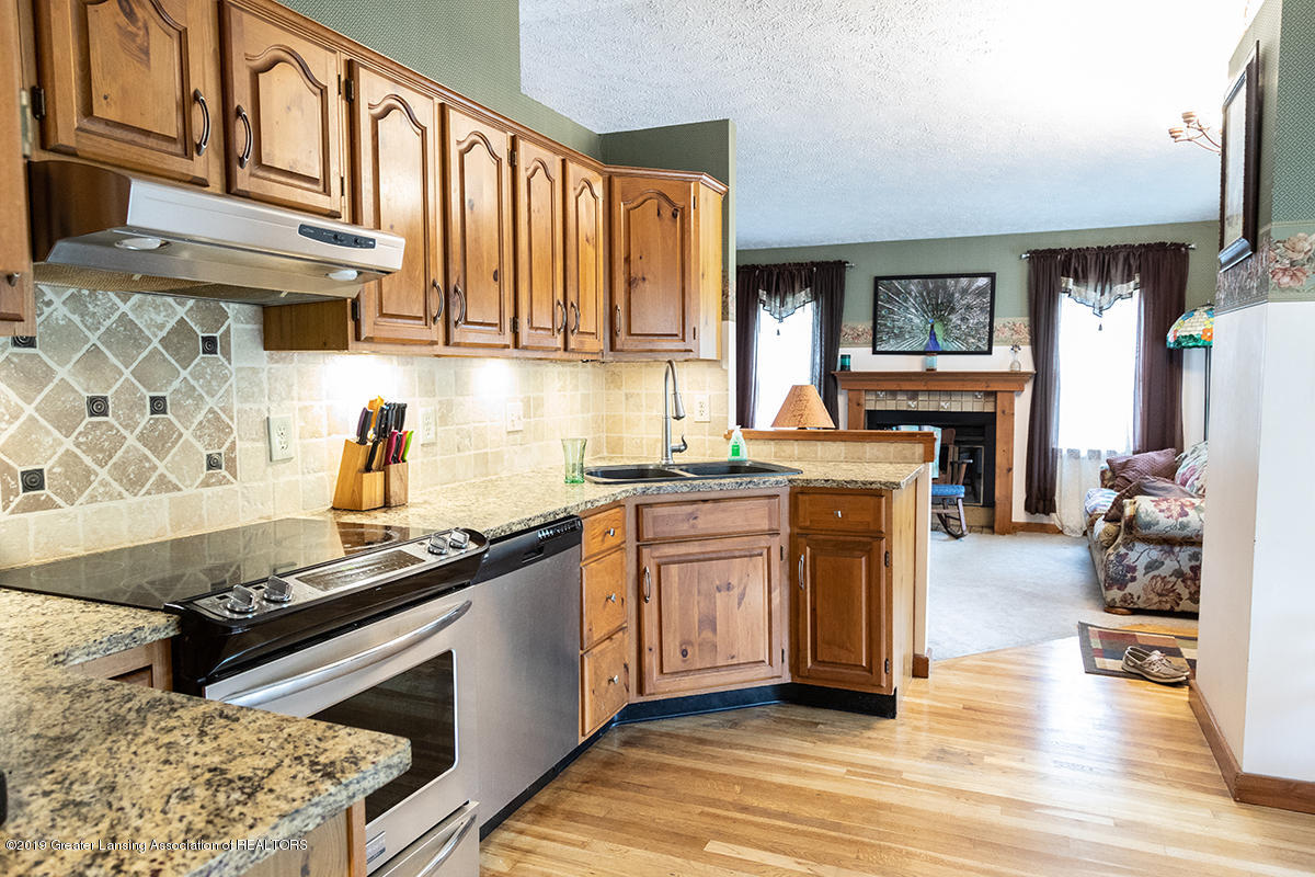 6375 W Lake Dr - Kitchen 2 - 7