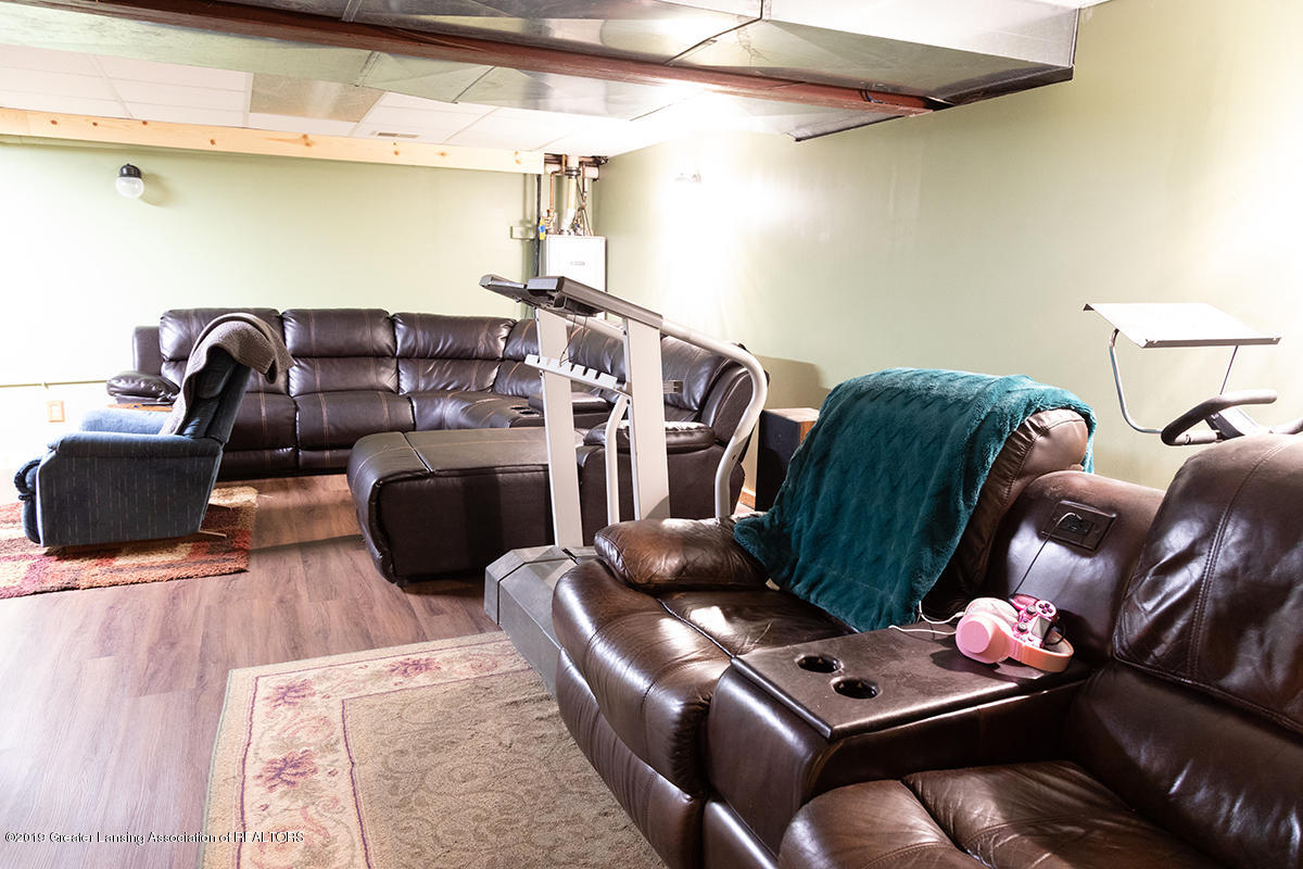 6375 W Lake Dr - Family Room LL - 30