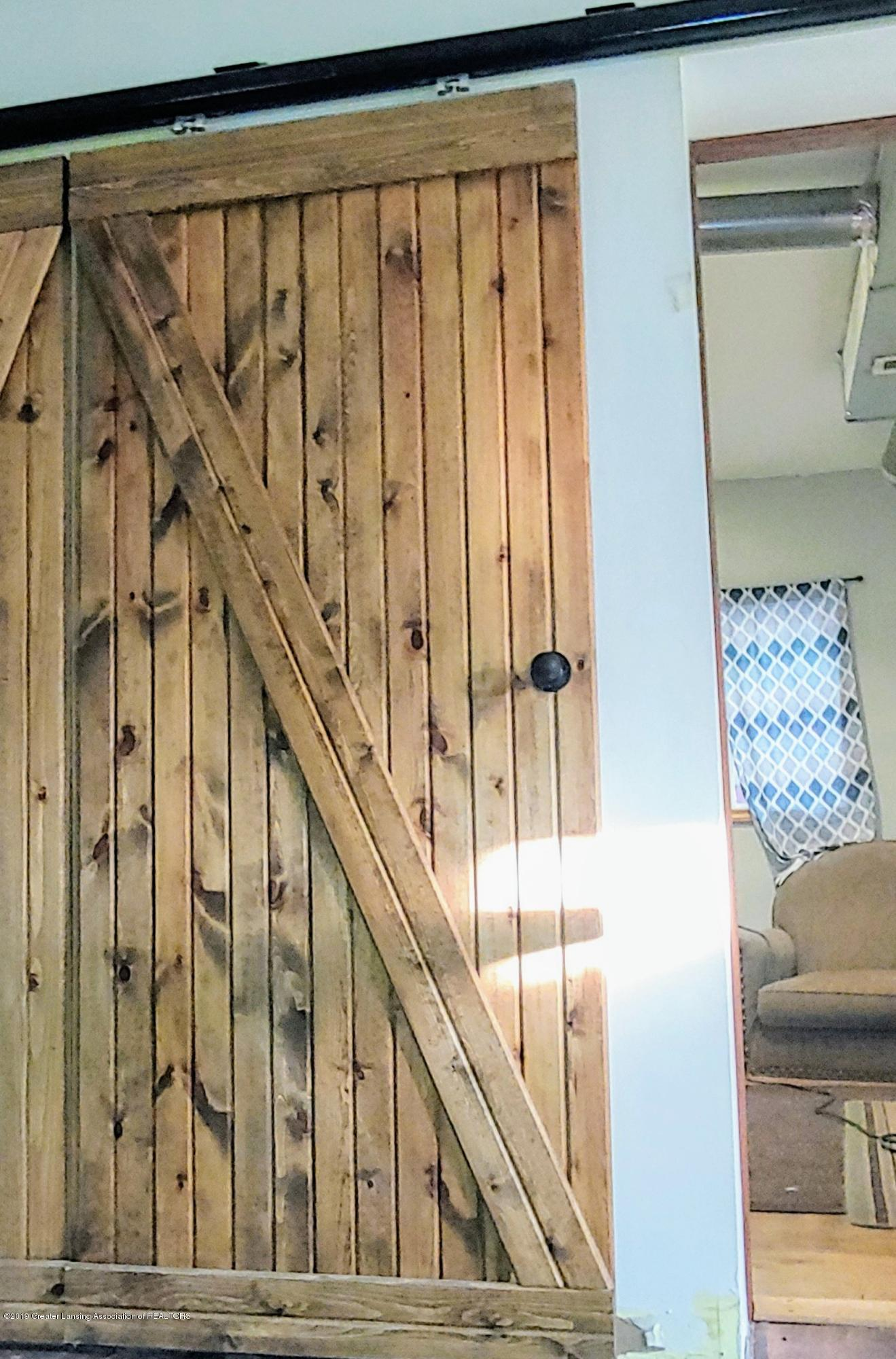 5756 Selfridge Blvd - Barn Door Accents - 10