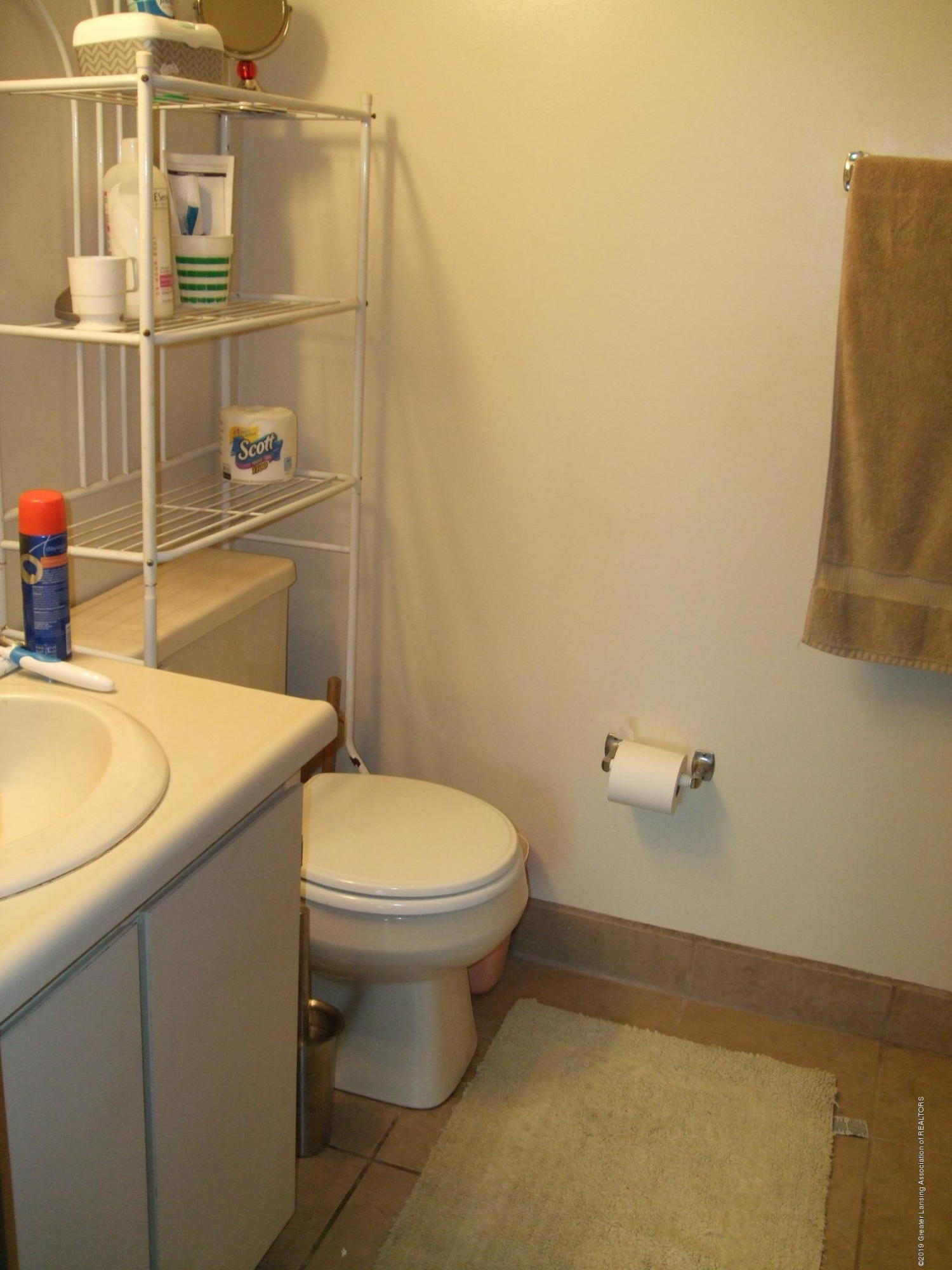 1555 W Pond Dr 21 - Bathroom - 19
