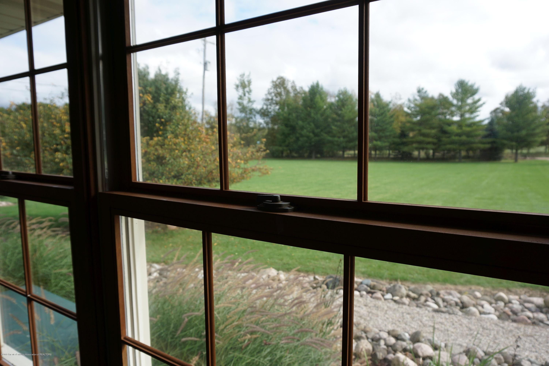 10130 Hollister Rd - LR View - 20