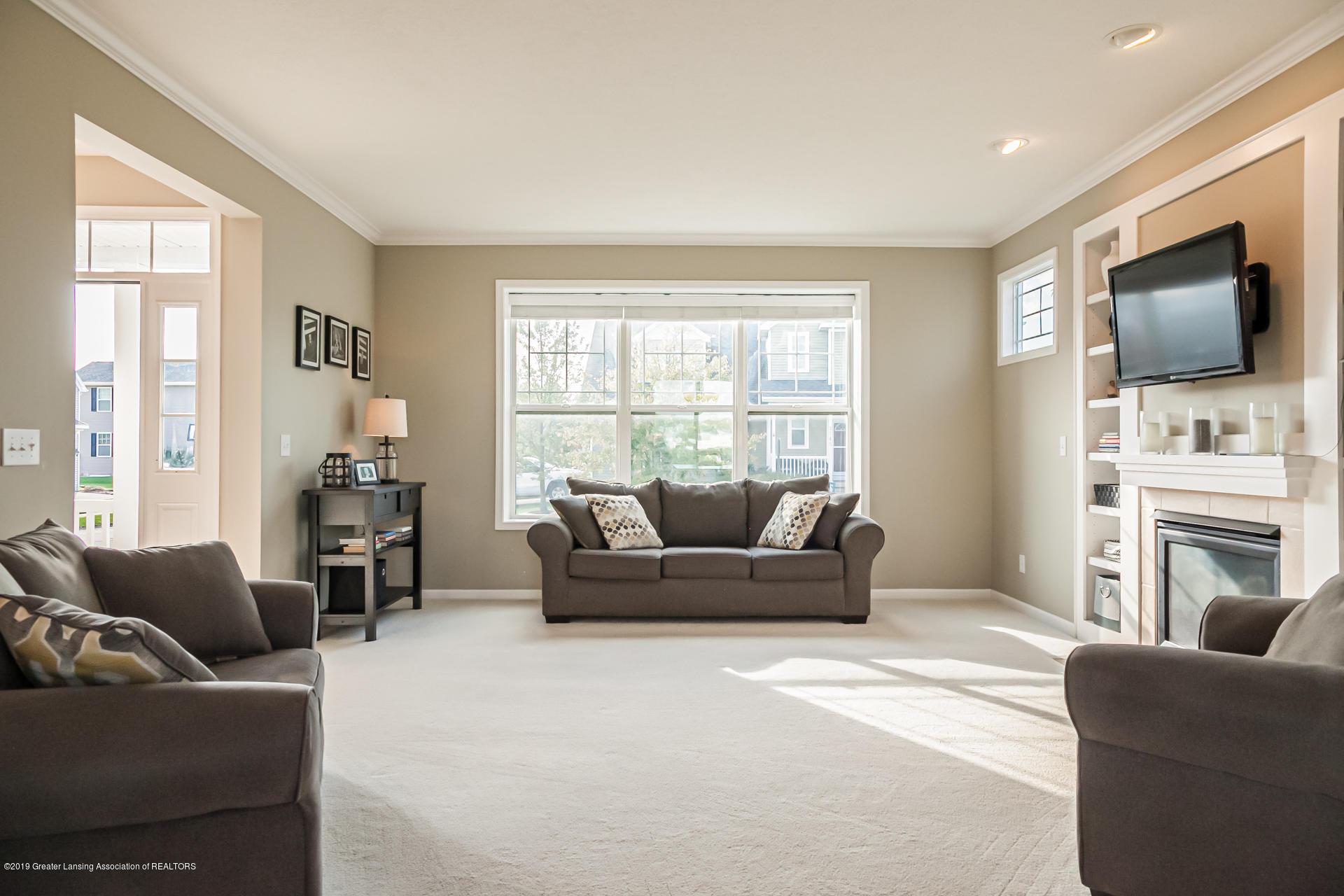 3742 Shearwater Ln - living room - 5