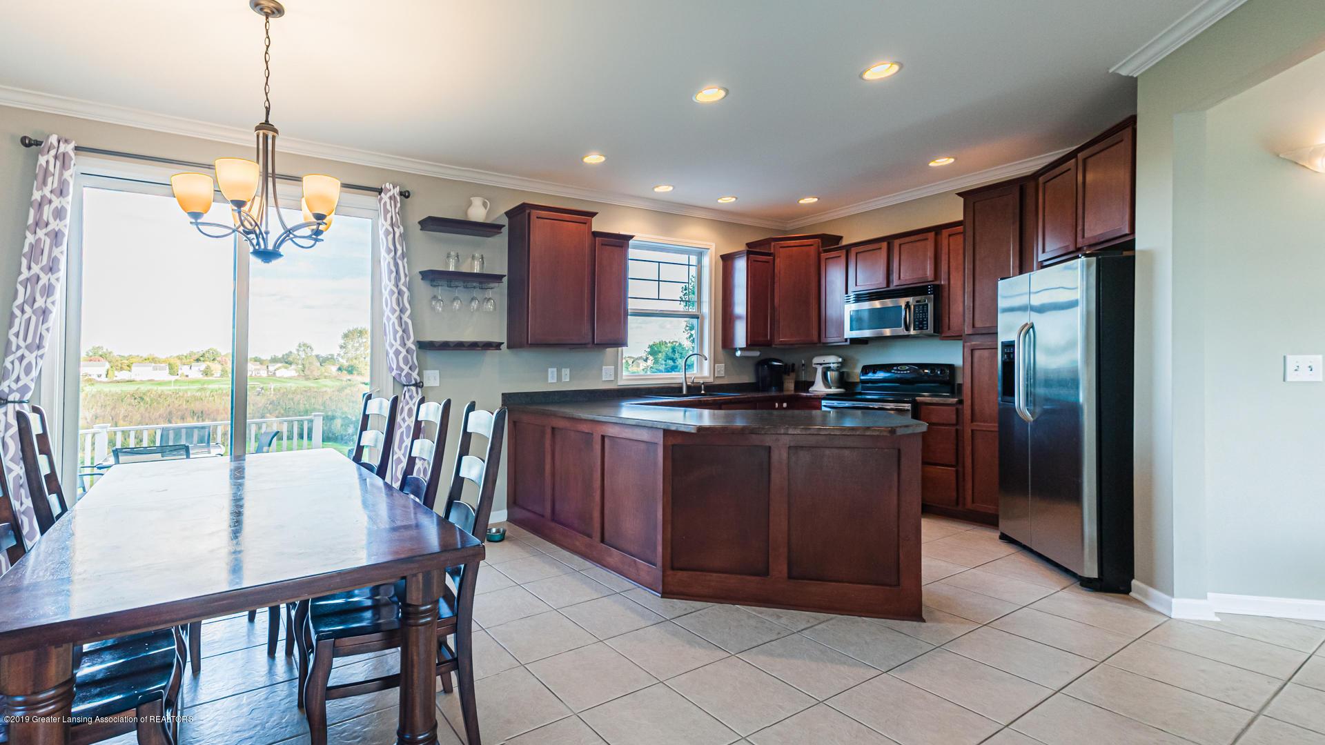 3742 Shearwater Ln - kitchen - 11