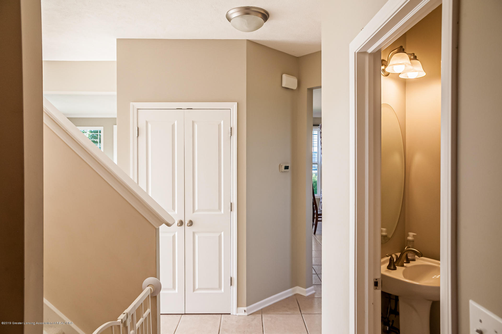 3742 Shearwater Ln - 1st floor hall - 14