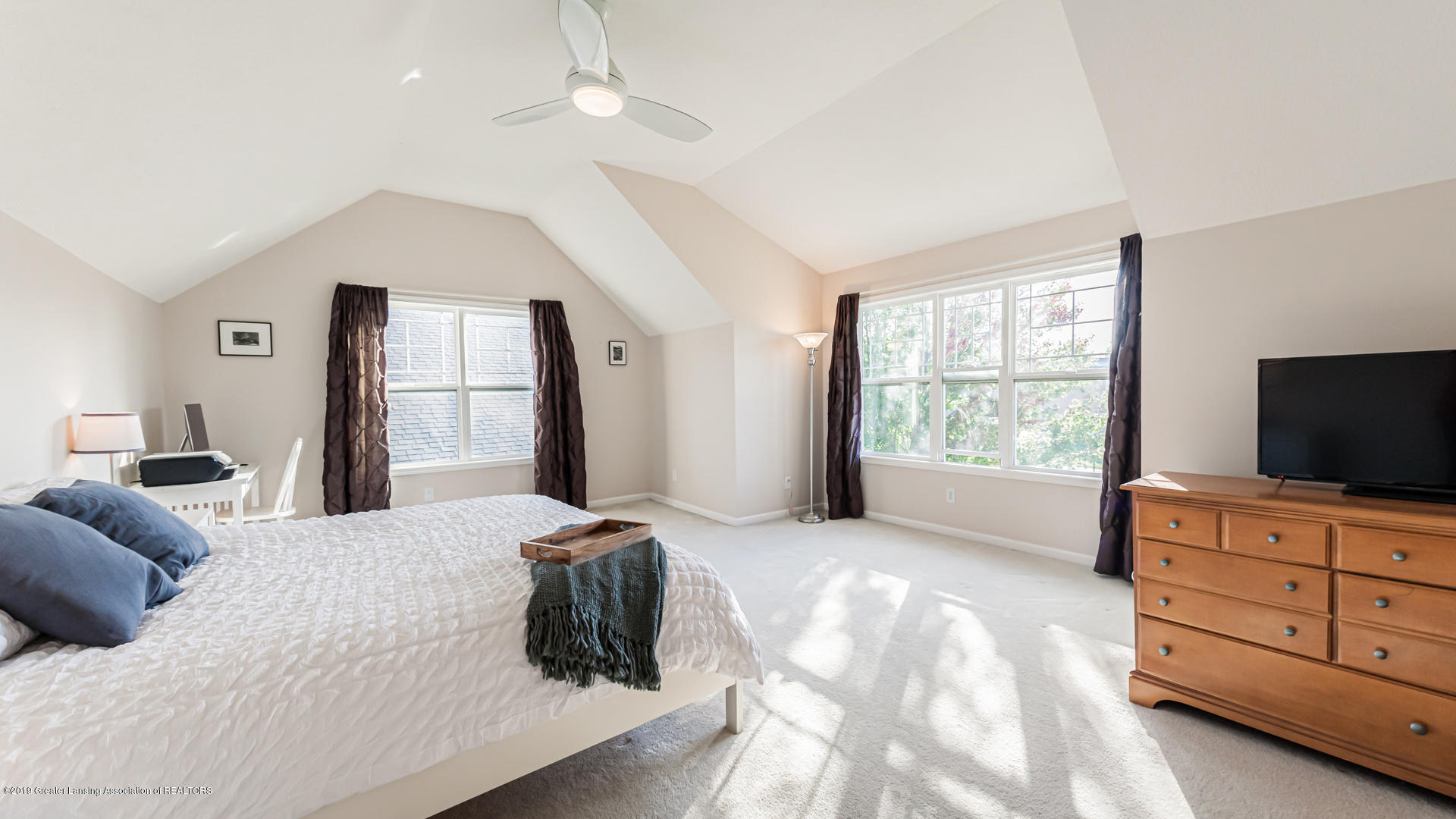 3742 Shearwater Ln - master bed - 19