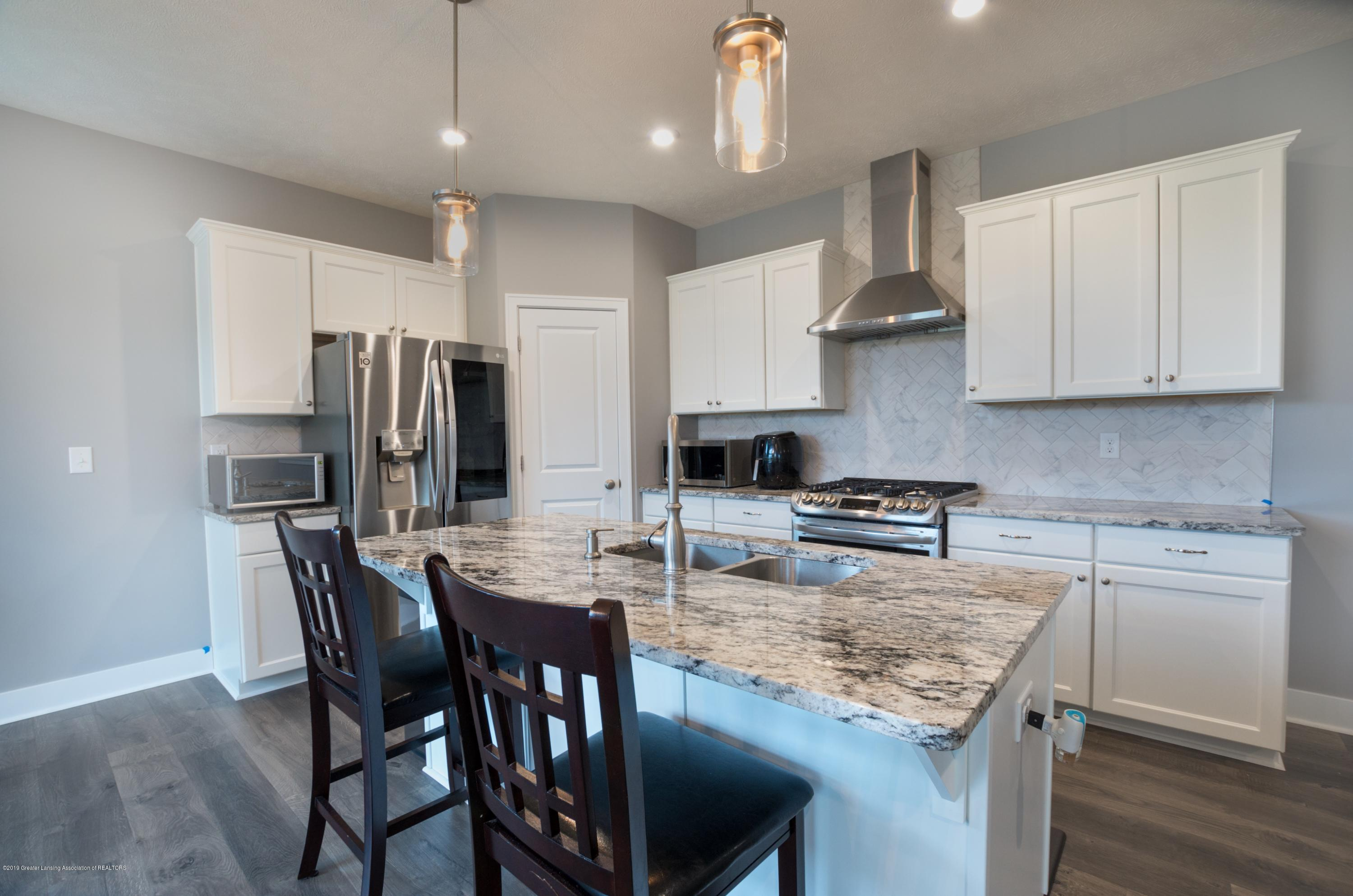 2834 Carnoustie Dr - Kitchen - 7