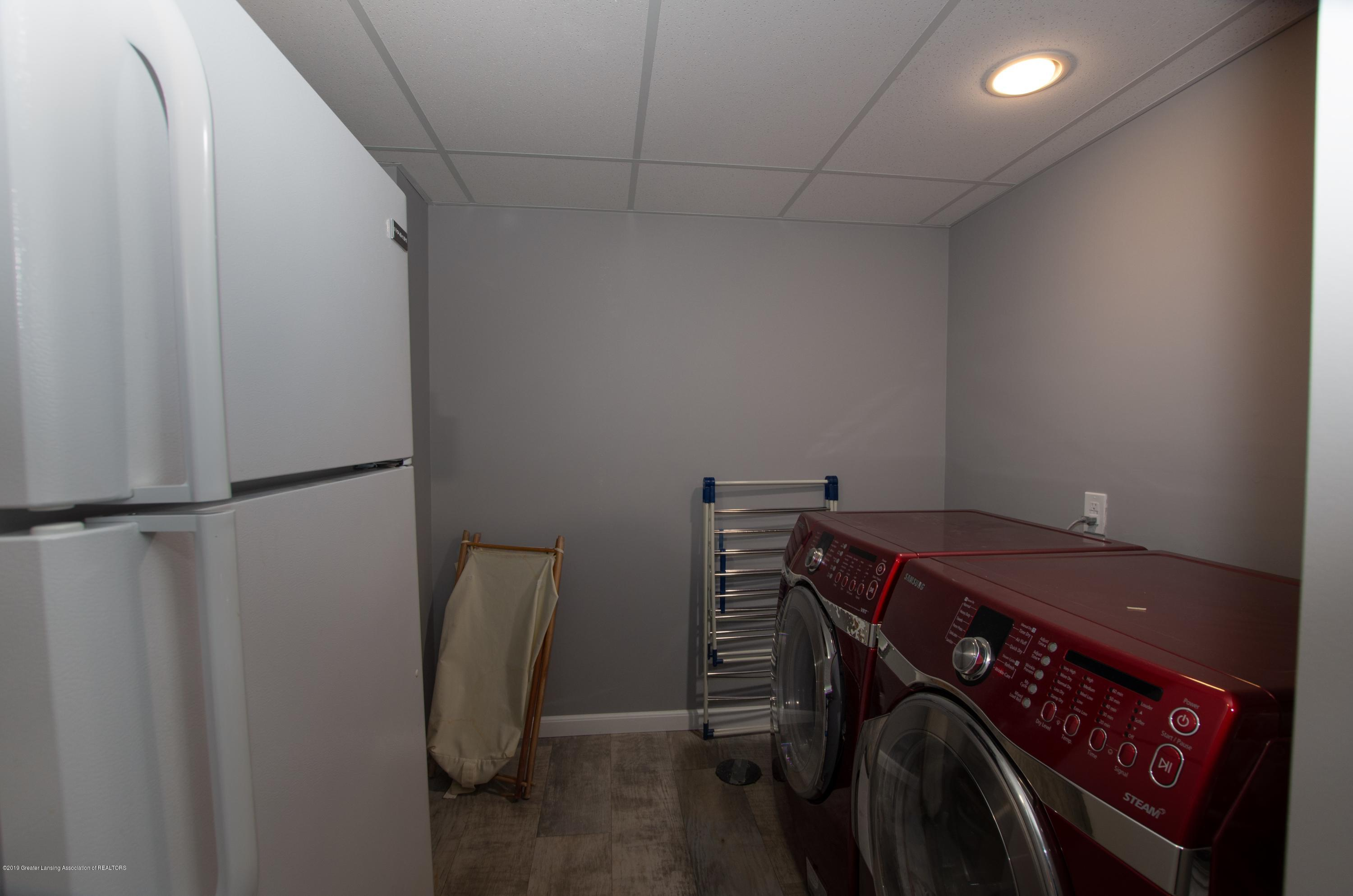 2834 Carnoustie Dr - Laundry Room - 17