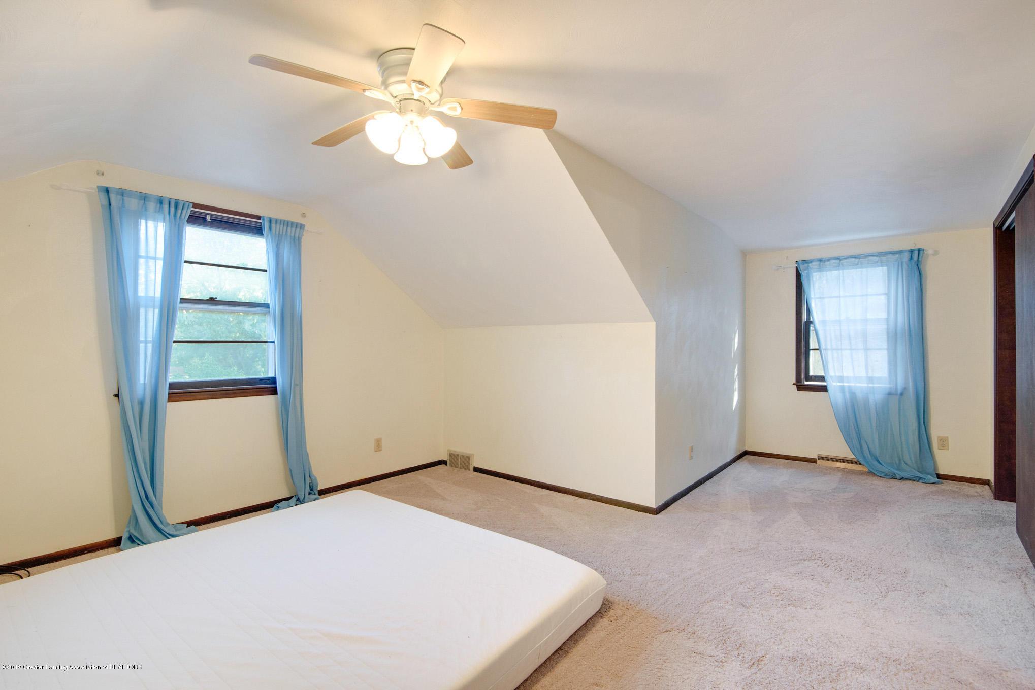 1237 Daisy Ln - Bedroom - 16