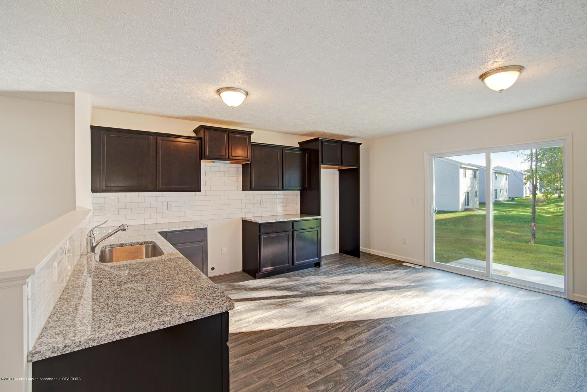 1125 River Oaks Dr - OAK082-i1830-Kitchen2 - 7