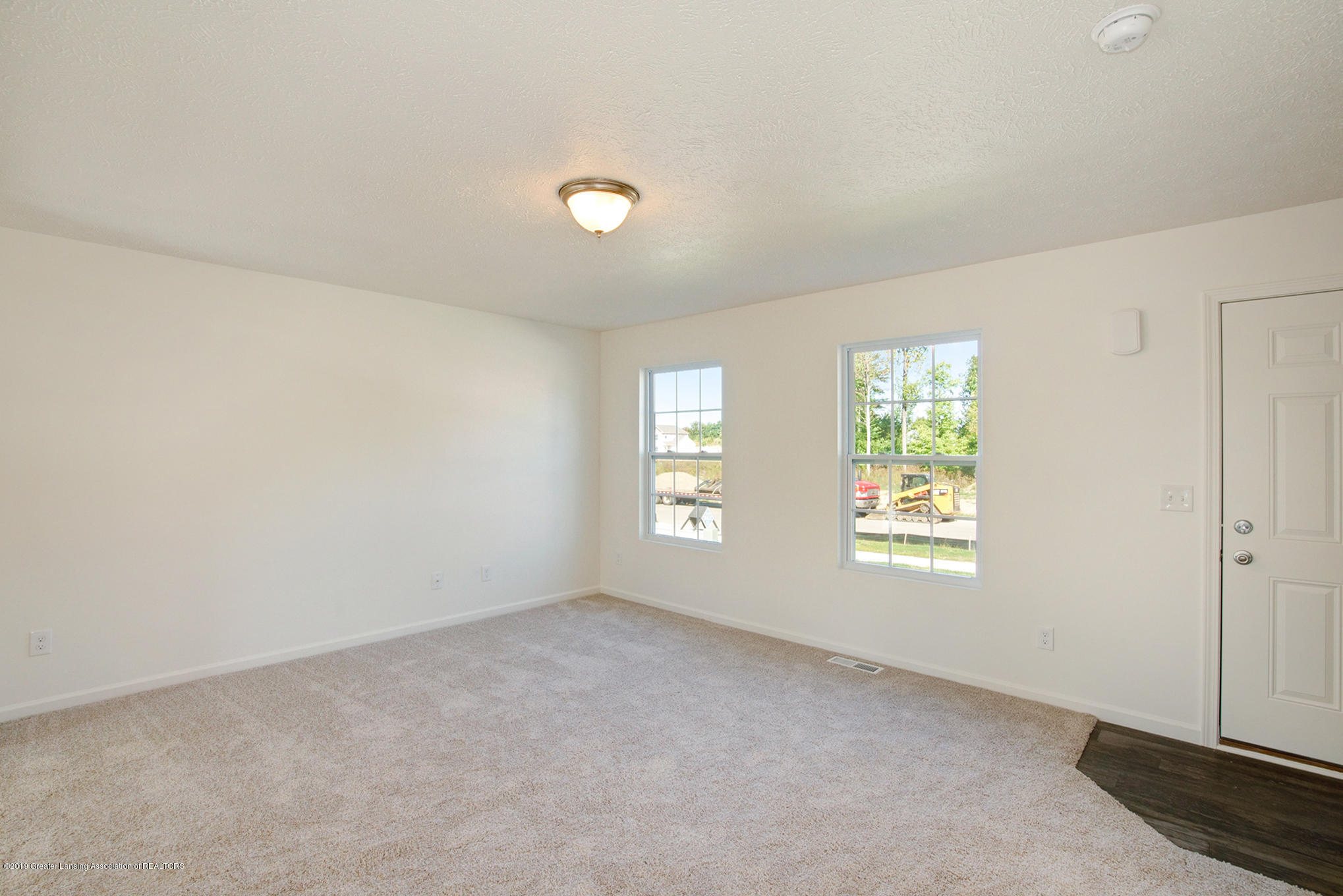 236 Noleigh - OAK079-i1810-Great Room2 - 3