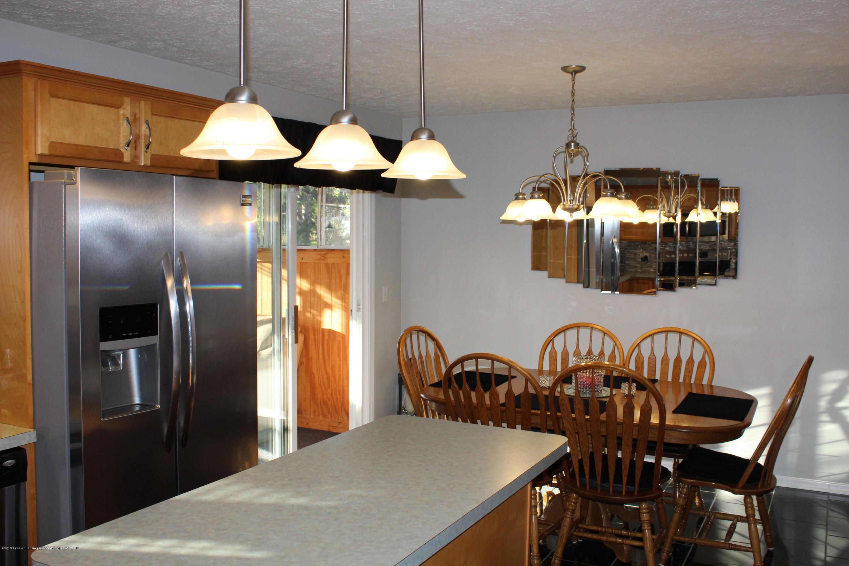 11821 Jerryson Dr - kitchen - 18