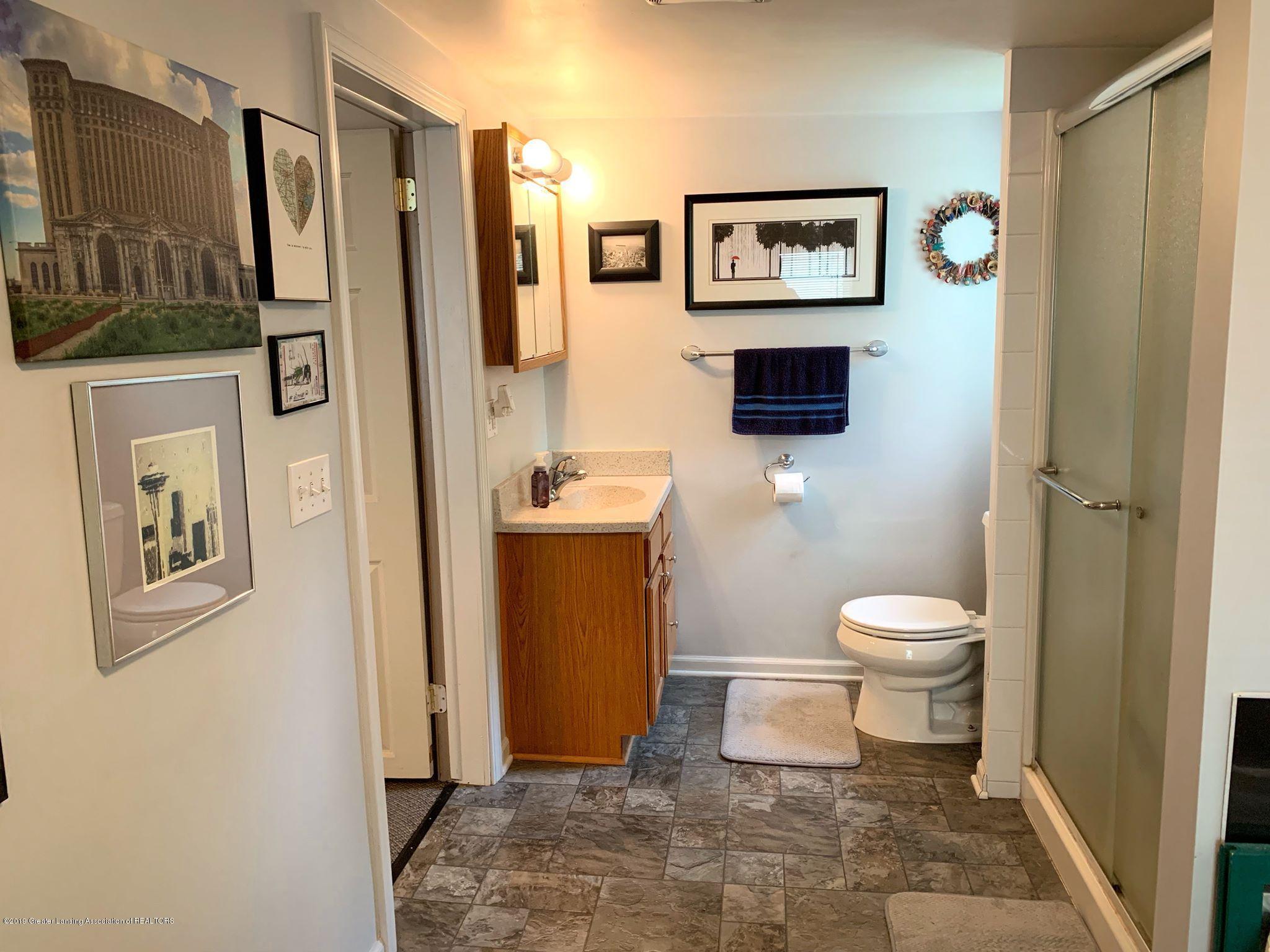 2014 Beal Ave - 1st Floor Bathroom - 10