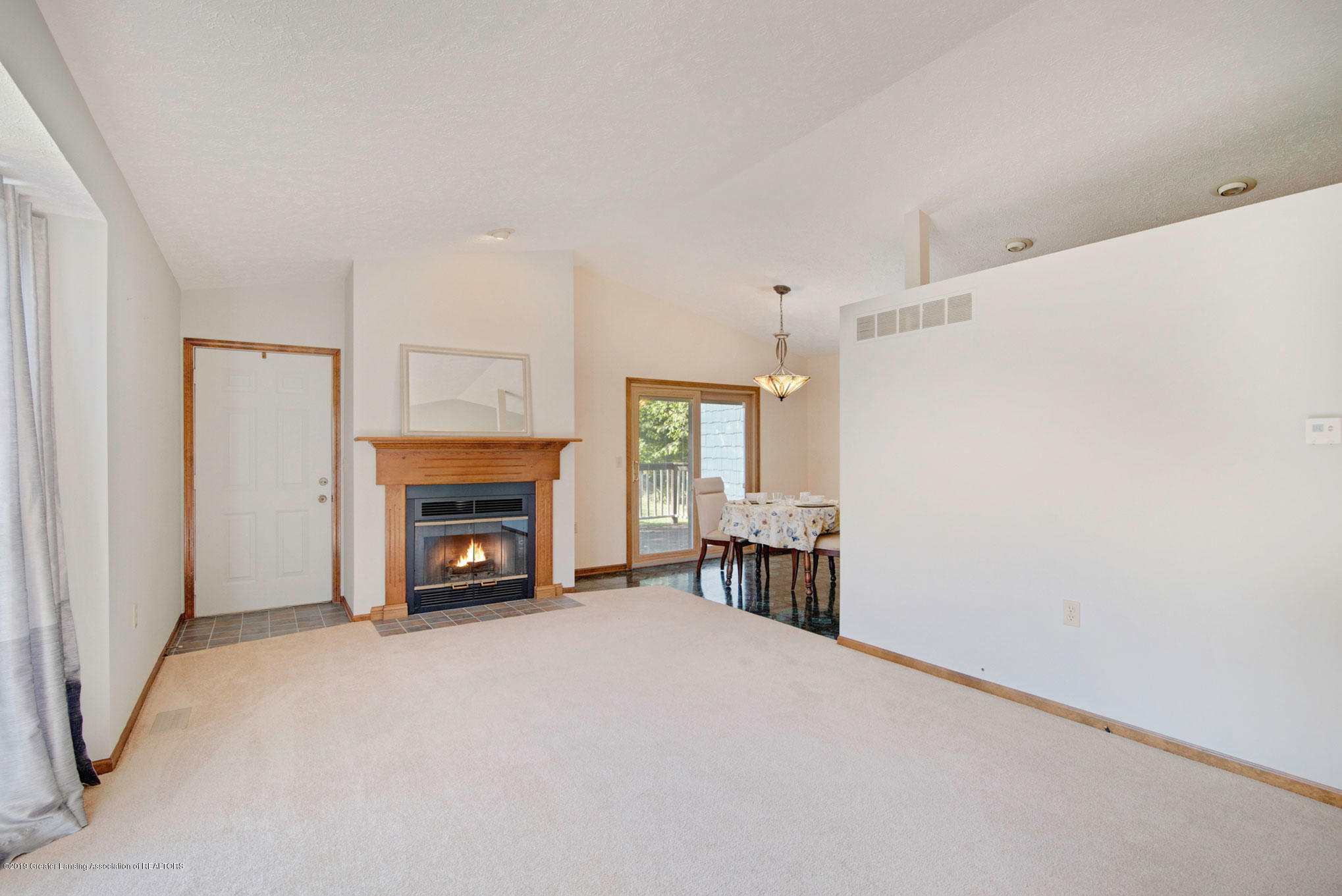 2800 Trudy Ln Unit 21 - Living Room - 7