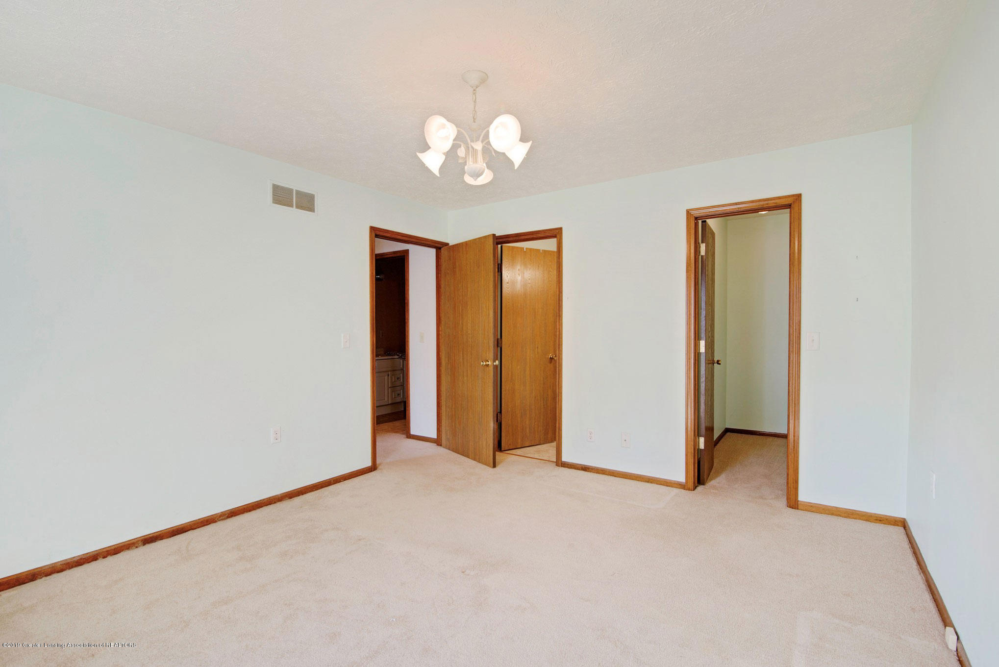 2800 Trudy Ln Unit 21 - Bedroom - 13