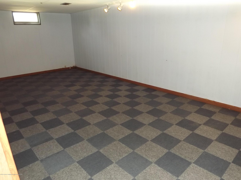 689 N Clinton Trail - 20 Rec Room - 22
