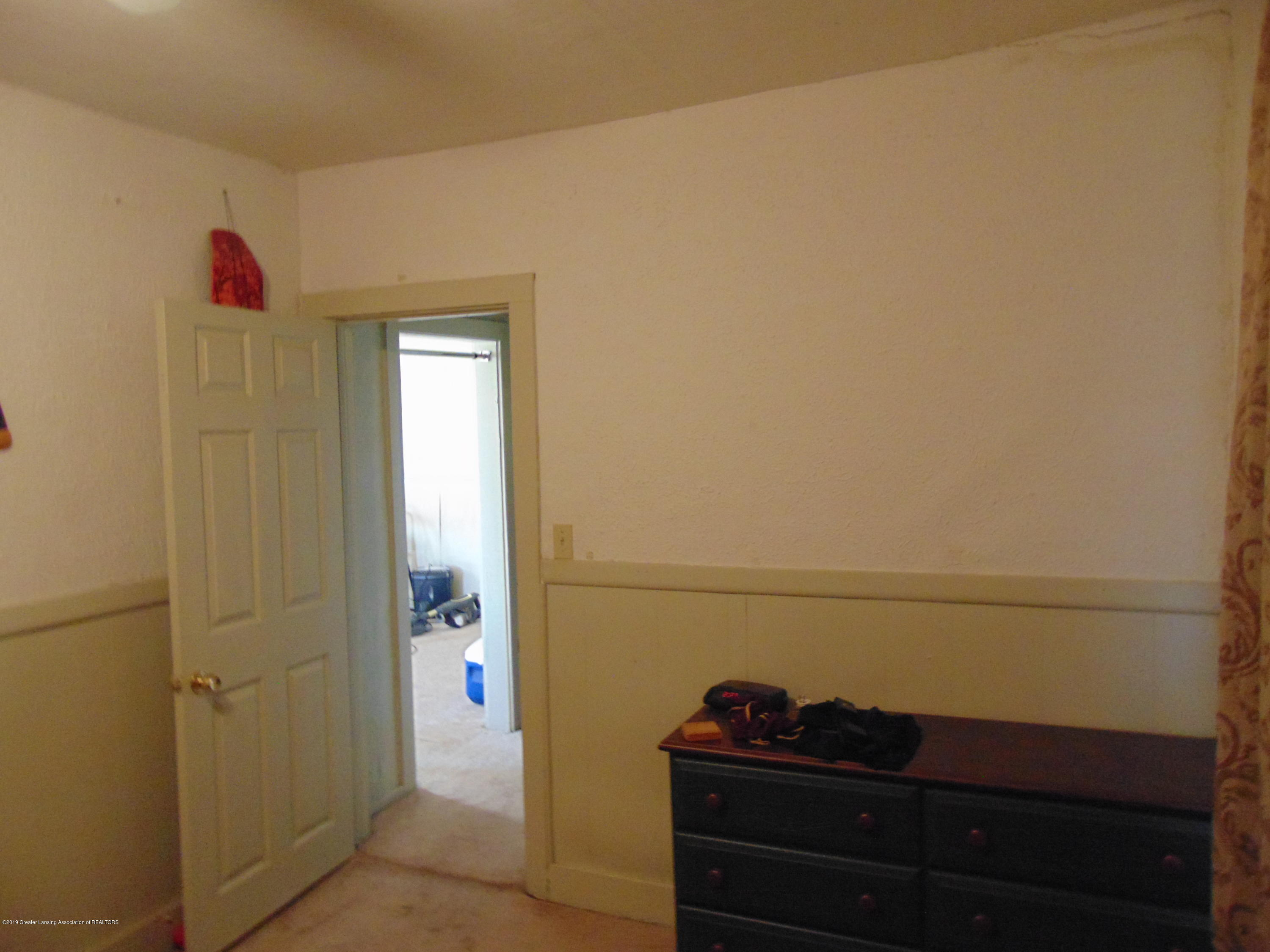 1829 Sunset Ave - sunset pic 14 - 22