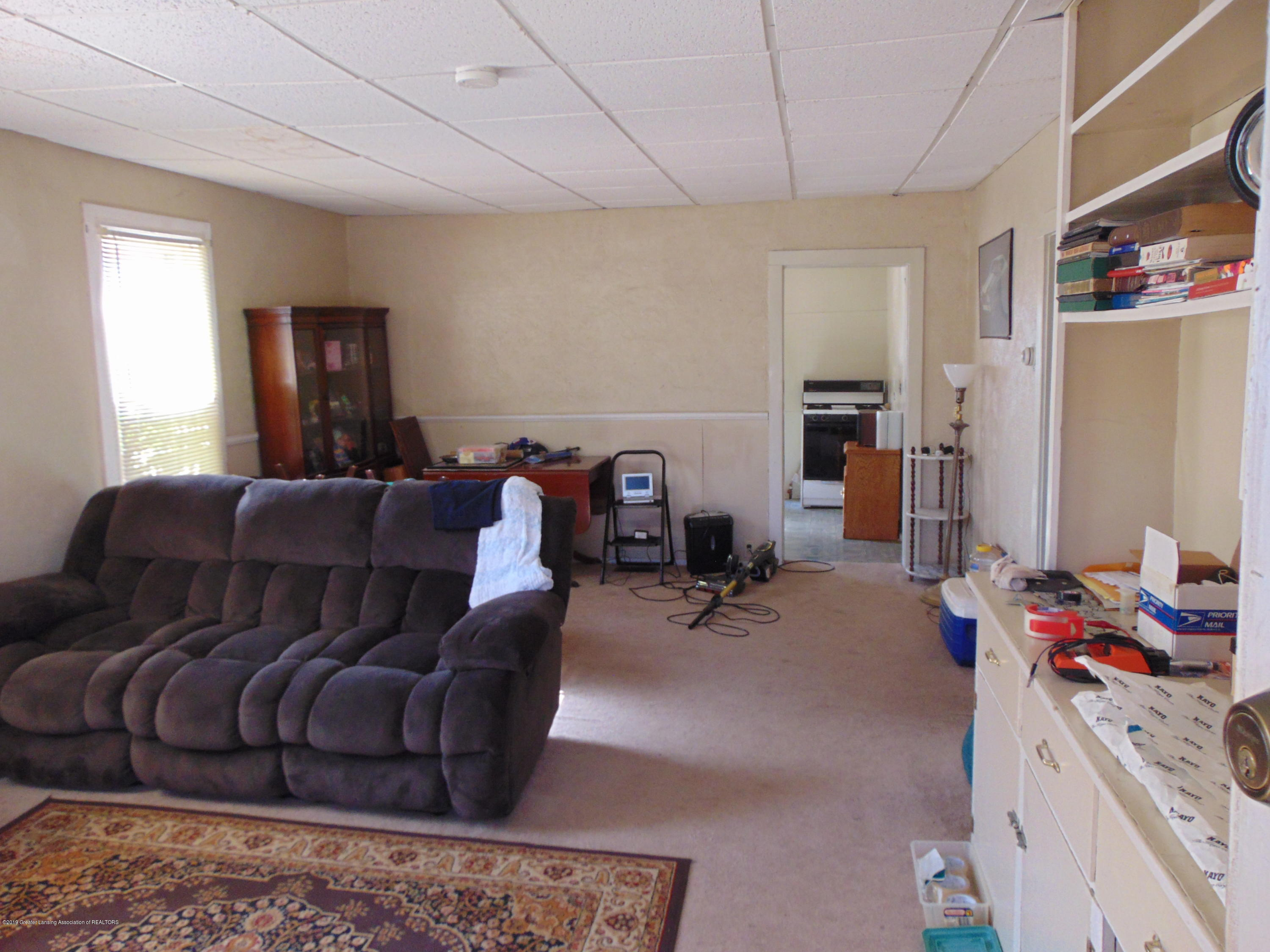 1829 Sunset Ave - sunset pic 15 - 19