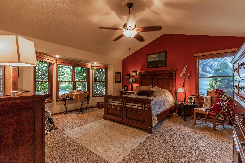 2825 River Pointe Dr - Master Bedroom - 21