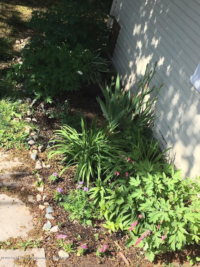 1413 Jerome St - LANDSCAPING - 3