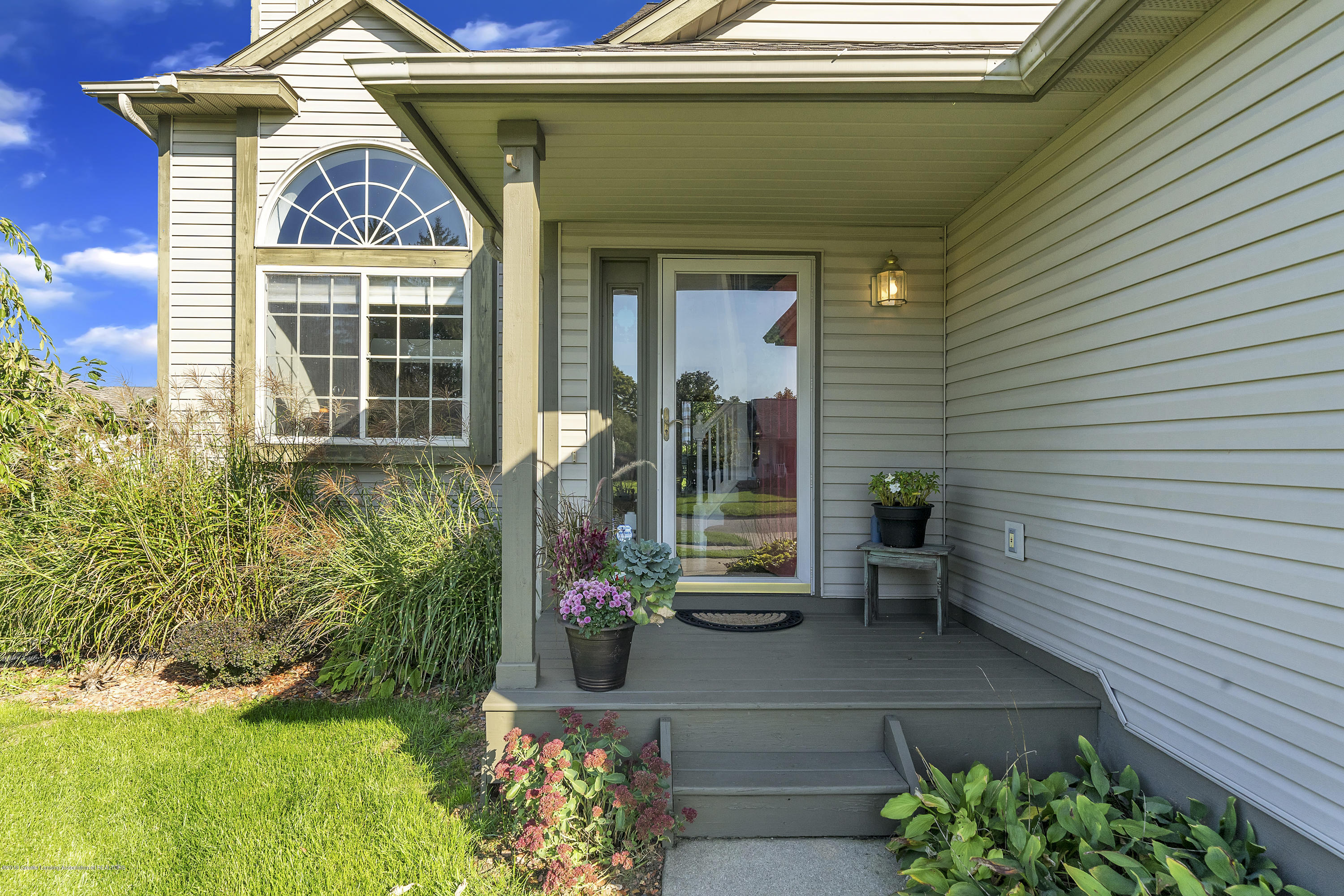 1258 Sumac Ln - 1258-Sumac-WindowStill-Real-Estate-Photo - 5