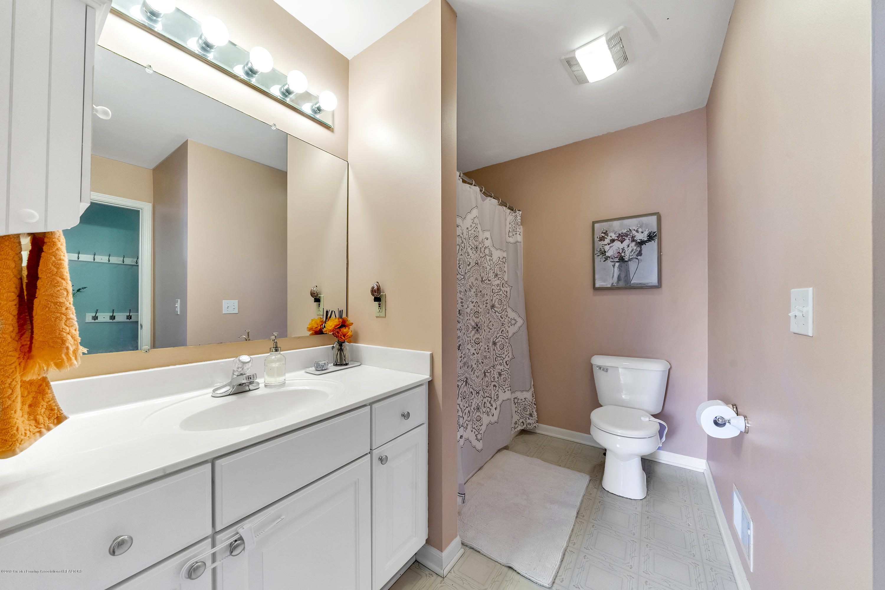 1258 Sumac Ln - 1258-Sumac-WindowStill-Real-Estate-Photo - 17