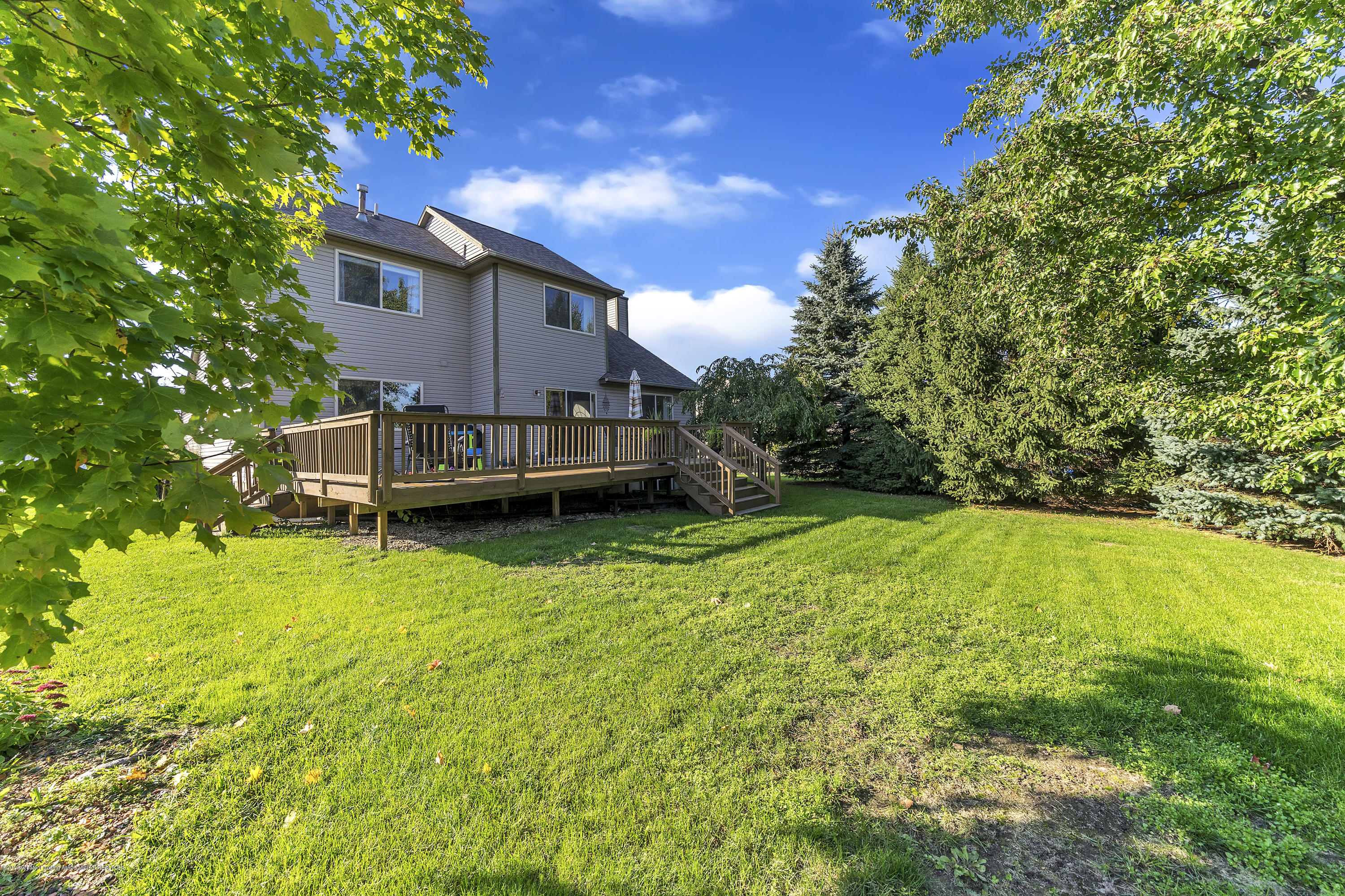1258 Sumac Ln - 1258-Sumac-WindowStill-Real-Estate-Photo - 31
