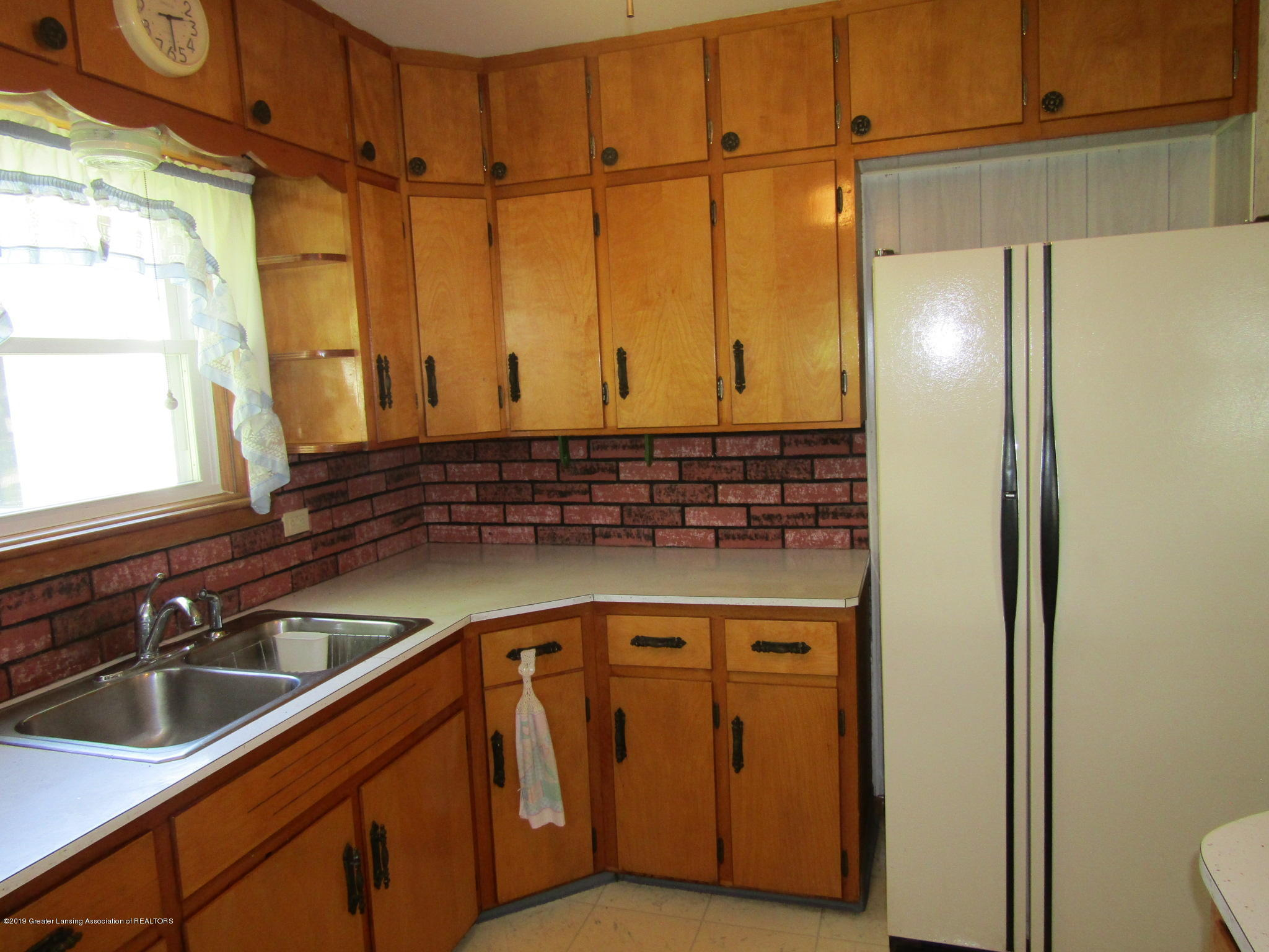 721 Pleasant St - Kitchen - 18