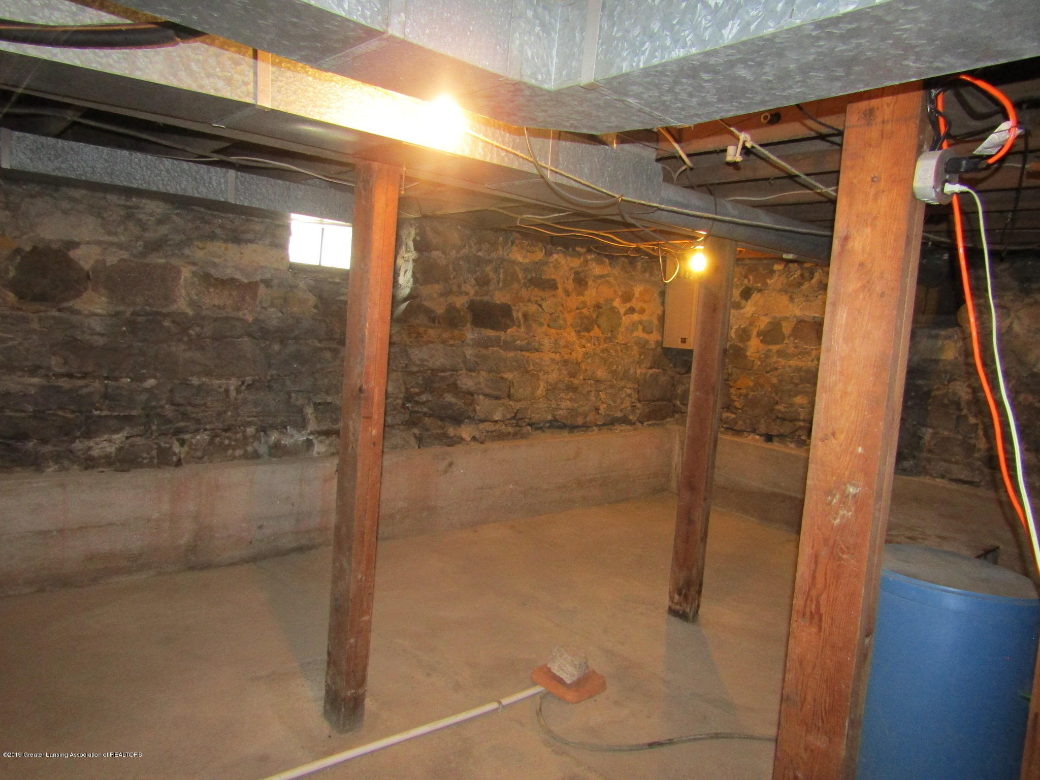 721 Pleasant St - Basement - 68