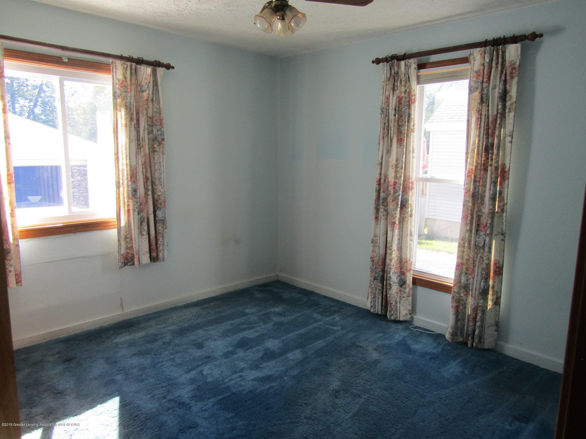 721 Pleasant St - Bedroom - 46