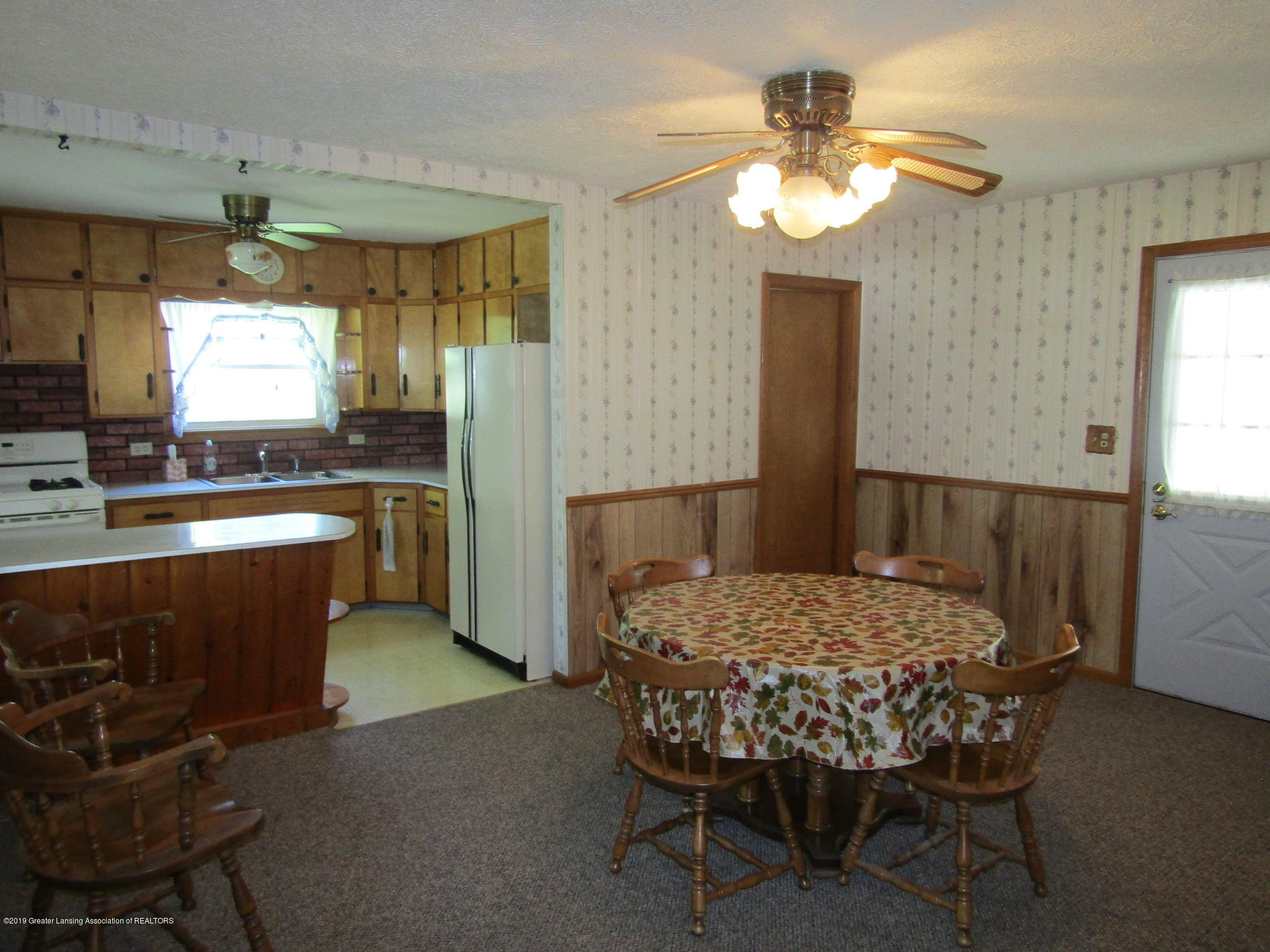721 Pleasant St - Dining - 12
