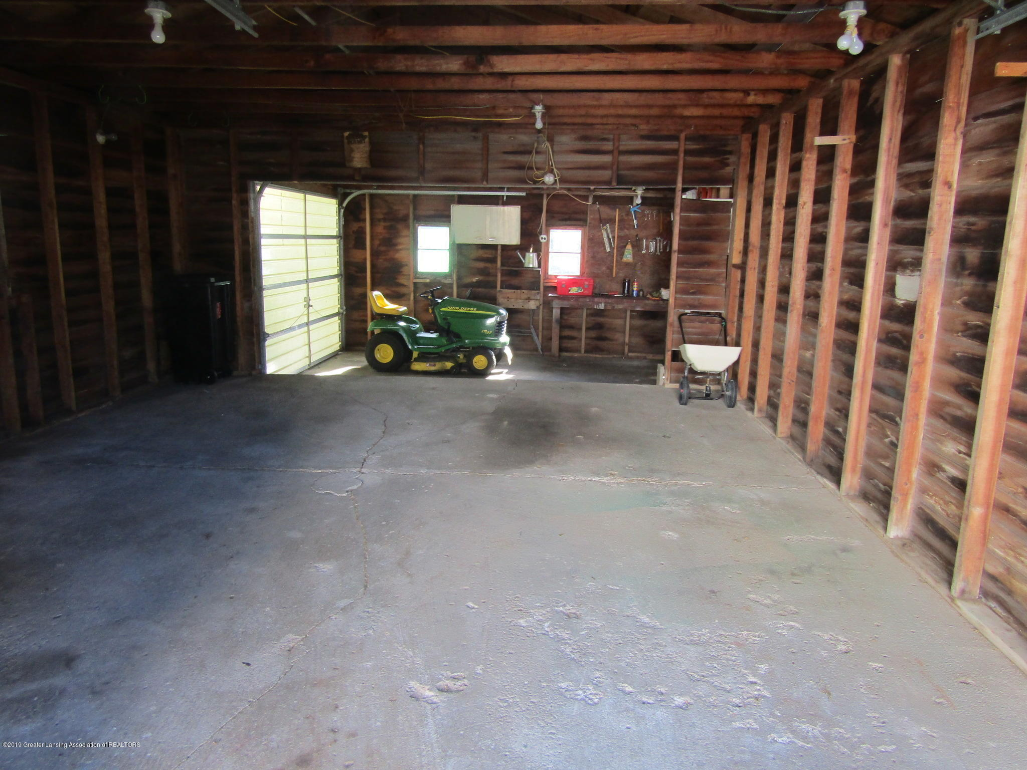 721 Pleasant St - Garage - 71