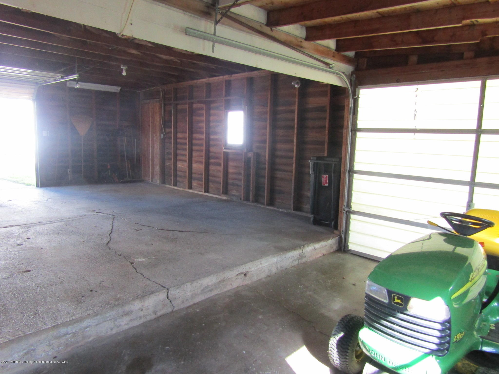 721 Pleasant St - Garage - 73