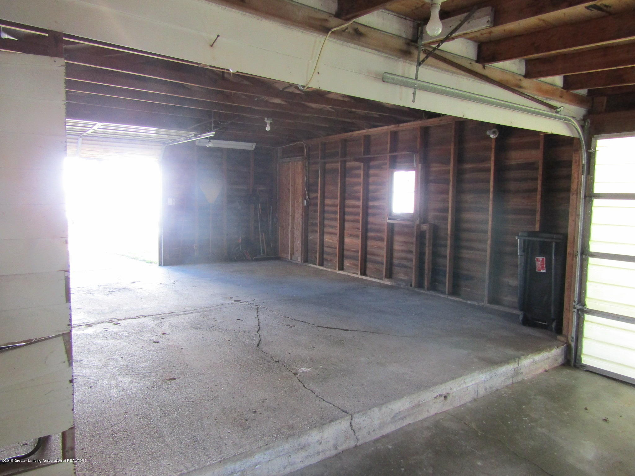 721 Pleasant St - Garage - 74