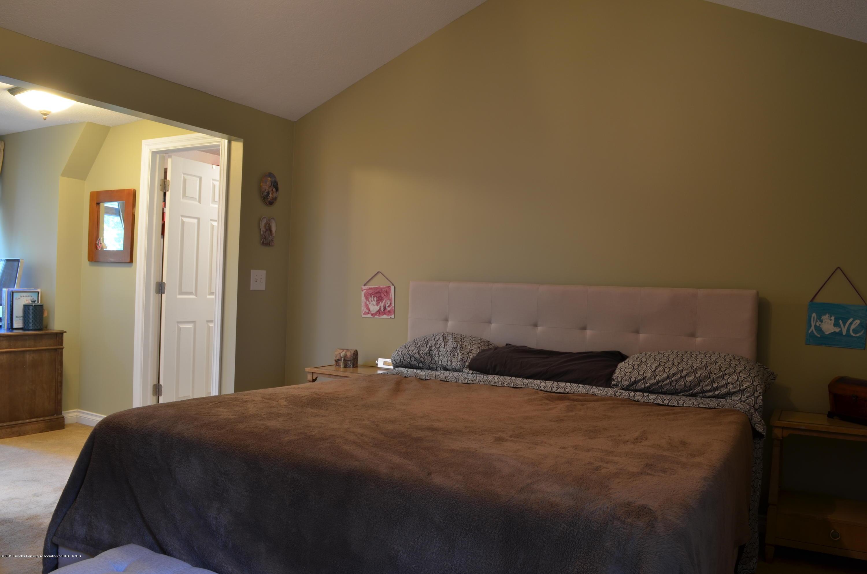 180 Cinnabar Cir - Master Bedroom - 11