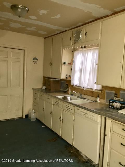 519 West St - Kitchen - 9