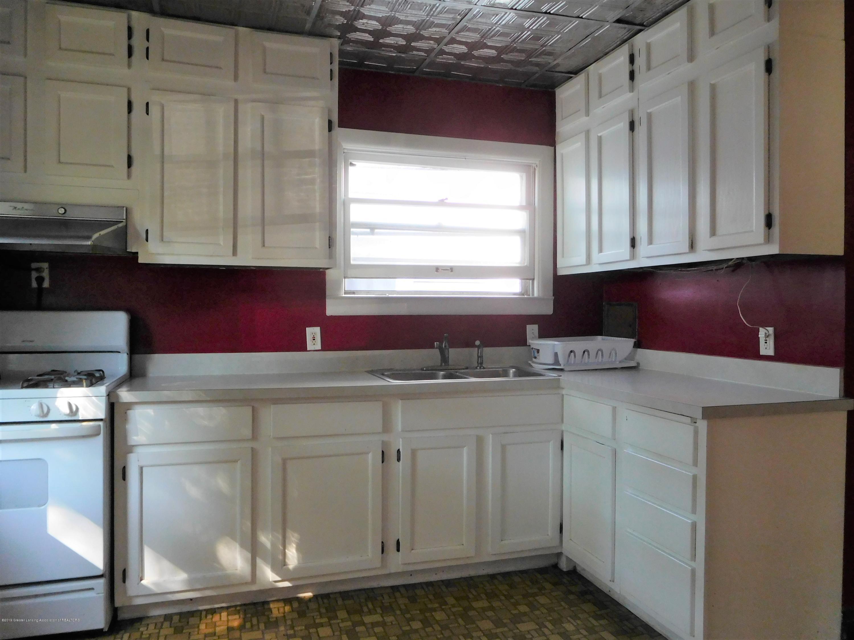 901 W Barnes Ave - DSCN3644 (2) - 11
