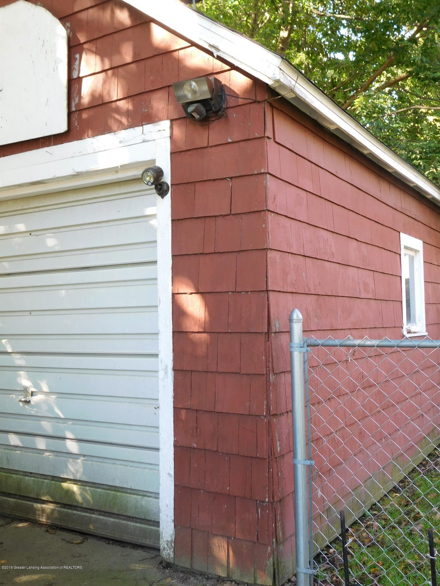 901 W Barnes Ave - DSCN3648 (2) - 30