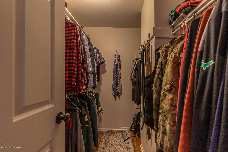 842 Tarleton Ave - Master closet - 18