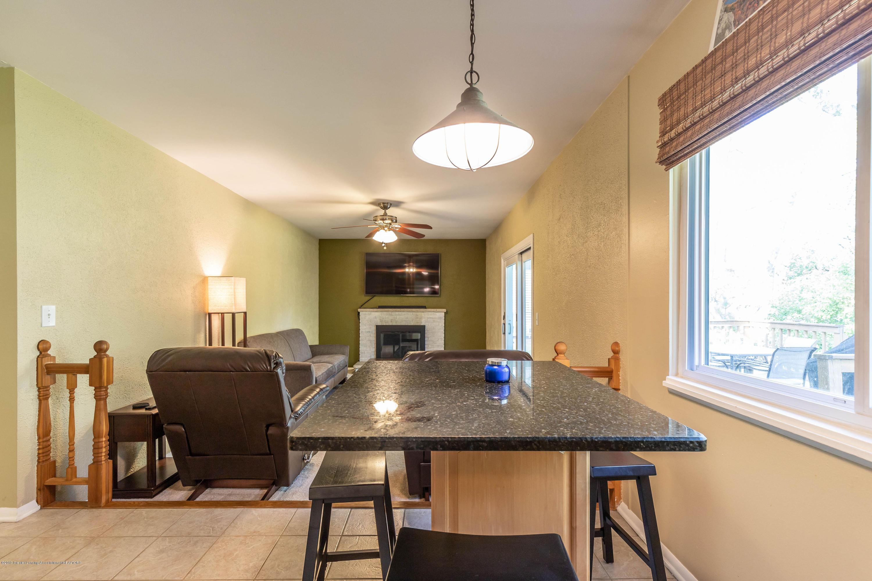 842 Tarleton Ave - Family Room - 13