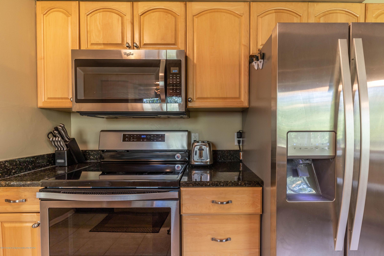 842 Tarleton Ave - Kitchen - 10
