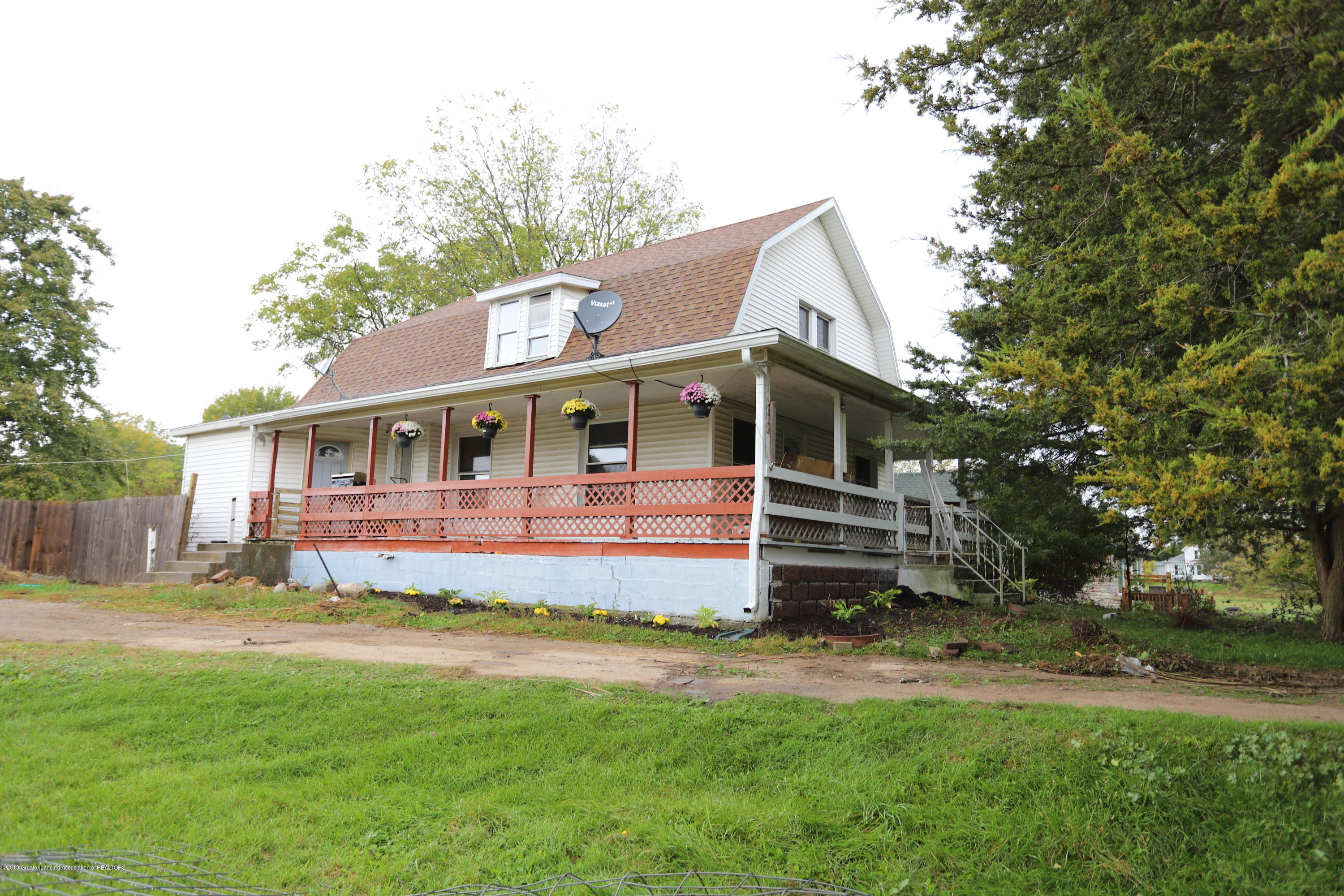 1884 M-52 - Front of Home - 1