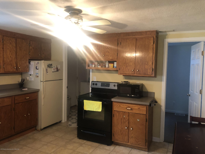15870 Park Lake Rd - kitchen - 9
