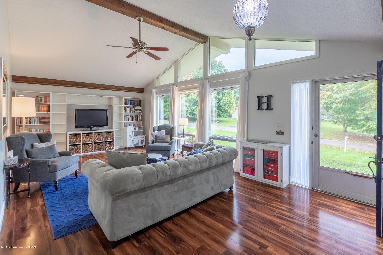 3539 W Hiawatha Dr - Living room - 8