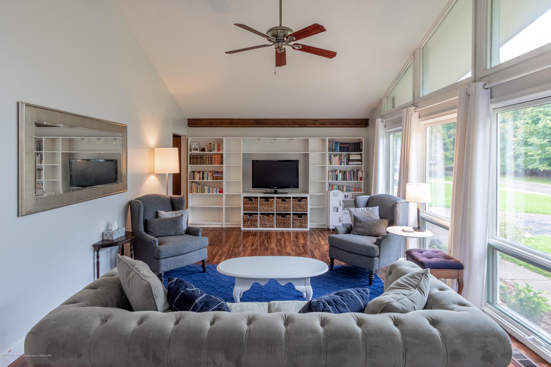 3539 W Hiawatha Dr - Living room - 9