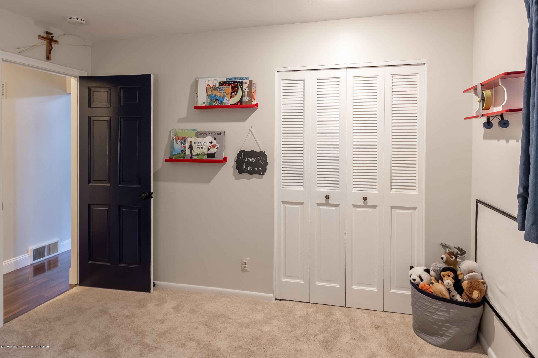 3539 W Hiawatha Dr - Bedroom 1 - 23
