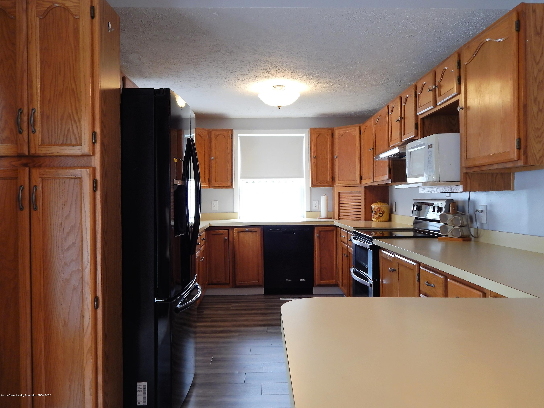 2605 Hazelwood Dr - Kitchen - 16
