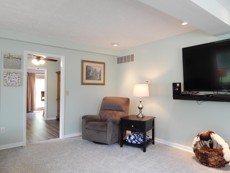 2605 Hazelwood Dr - Living Room - 7